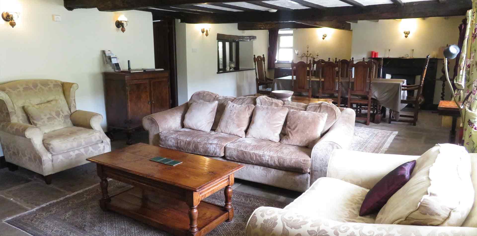 lounge-dining-room